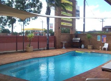 Town And Country Motor Inn Cobar - Accommodation Great Ocean Road