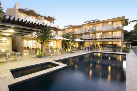 Maison Noosa Luxury Beachfront Resort - Accommodation Great Ocean Road