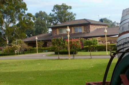 Carriage House Motor Inn - Accommodation Great Ocean Road