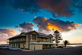 Arno Bay Hotel - Accommodation Great Ocean Road