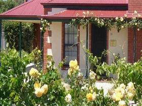 Wine And Roses Bed And Breakfast - Accommodation Great Ocean Road