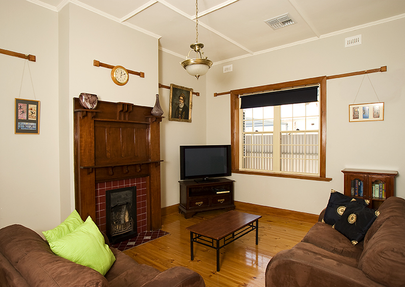 Semaphore Beach House - Accommodation Great Ocean Road