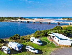Peterborough Caravan Park - Accommodation Great Ocean Road