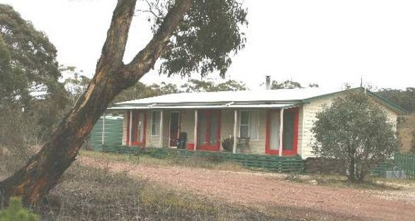 Christmas Tree Cottage - Accommodation Great Ocean Road
