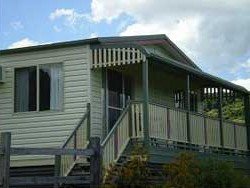 Halls Country Cottages - Accommodation Great Ocean Road