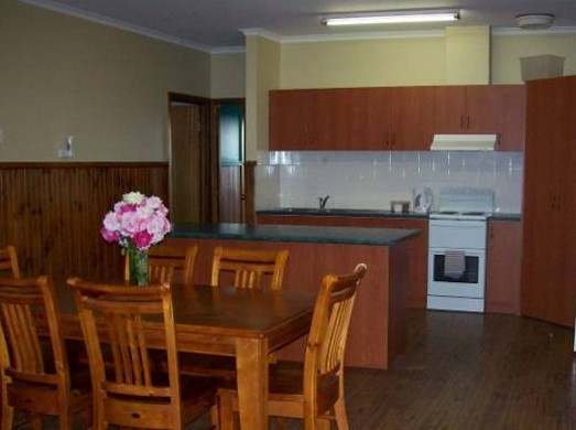 Riverland Holiday Cottage - Accommodation Great Ocean Road