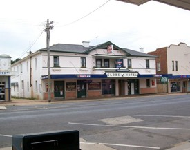 Globe Hotel Bombala - Accommodation Great Ocean Road