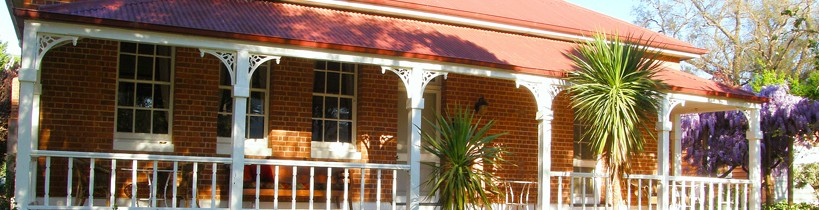 Araluen Old Courthouse Bed and Breakfast - Accommodation Great Ocean Road