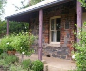 Accommodation Pinn Cottage - Accommodation Great Ocean Road
