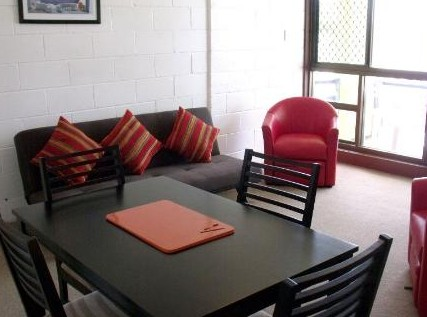 Como Holiday Apartments and Tropical Nites Motel - Accommodation Great Ocean Road