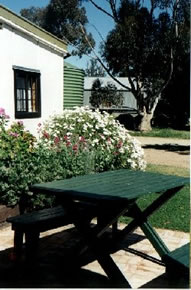 Dunalan Host Farm Cottage - Accommodation Great Ocean Road