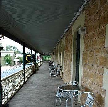 Hotel Mannum - Accommodation Great Ocean Road