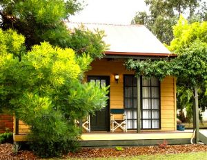Mountain View Motor Inn and Holiday Lodges - Accommodation Great Ocean Road