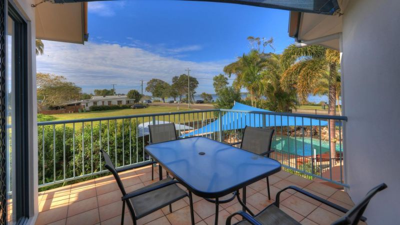 Dolphin Waters Holiday Apartments - Accommodation Great Ocean Road