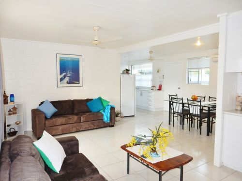 Lucinda Holiday Rentals  - Accommodation Great Ocean Road