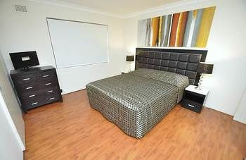 Balmain 3 Mont Furnished Apartment - Accommodation Great Ocean Road