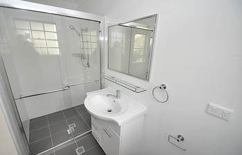 Balmain 4 Mont Furnished Apartment - Accommodation Great Ocean Road