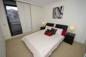 Balmain 704 Mar Furnished Apartment - Accommodation Great Ocean Road