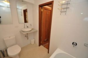 Camperdown 21 Brigs Furnished Apartment - Accommodation Great Ocean Road