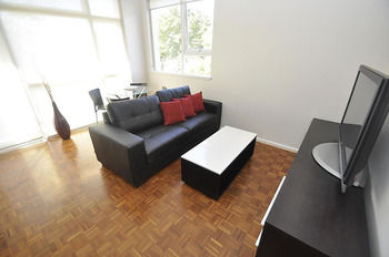Neutral Bay 9 Bent Furnished Apartment - Accommodation Great Ocean Road