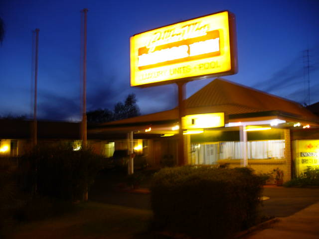 Golden West Motor Inn - Accommodation Great Ocean Road