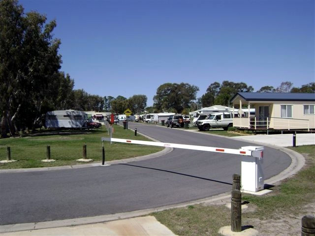 Toorbul Caravan Park - Accommodation Great Ocean Road