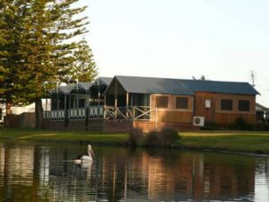 Two Shores Holiday Village - Accommodation Great Ocean Road