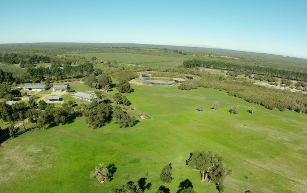 Sandy Lake Farm Stay Accommodation Gingin WA - Accommodation Great Ocean Road