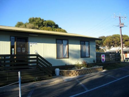 Lake Albert Caravan Park - Accommodation Great Ocean Road