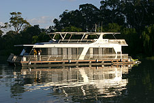 Whitewater Houseboat - Accommodation Great Ocean Road