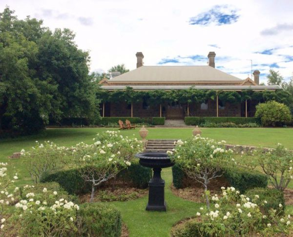 Clifton House and Gardens Farm Stay Accommodation - Accommodation Great Ocean Road