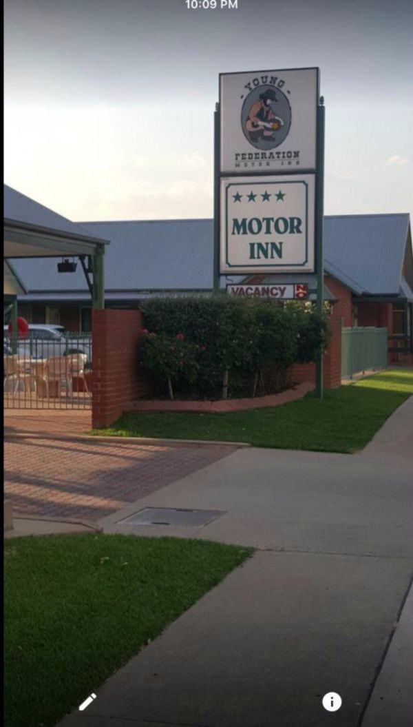 Federation Motor Inn Young - Accommodation Great Ocean Road
