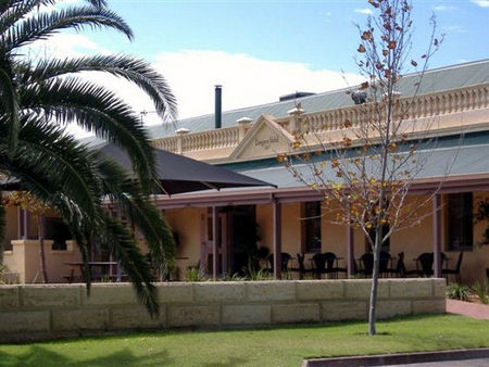 Dongara Hotel Motel - Accommodation Great Ocean Road