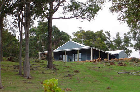 Vista Ridge Estate - Top Paddock Cottage - Accommodation Great Ocean Road