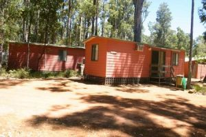 Dwellingup Chalets And Caravan Park - Accommodation Great Ocean Road