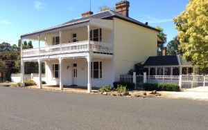 The White House Carcoar - Accommodation Great Ocean Road