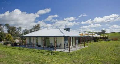 Country Guesthouse Schonegg - Accommodation Great Ocean Road