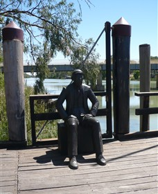 Captain John Egge Statue - Accommodation Great Ocean Road