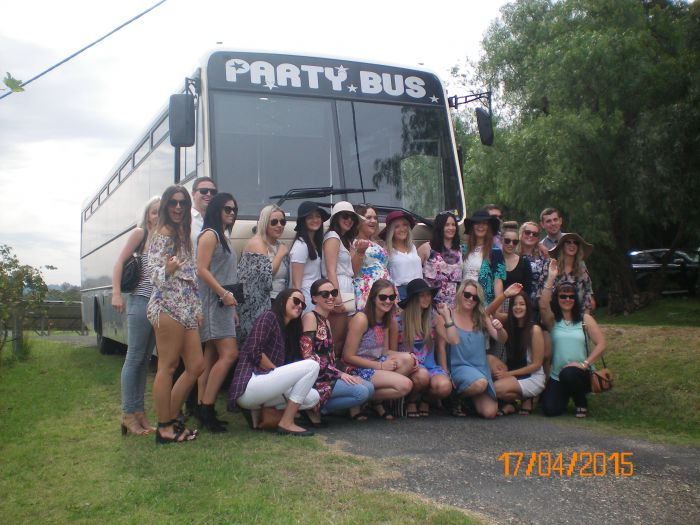 R  R Bus and Leisure Hire - Accommodation Great Ocean Road