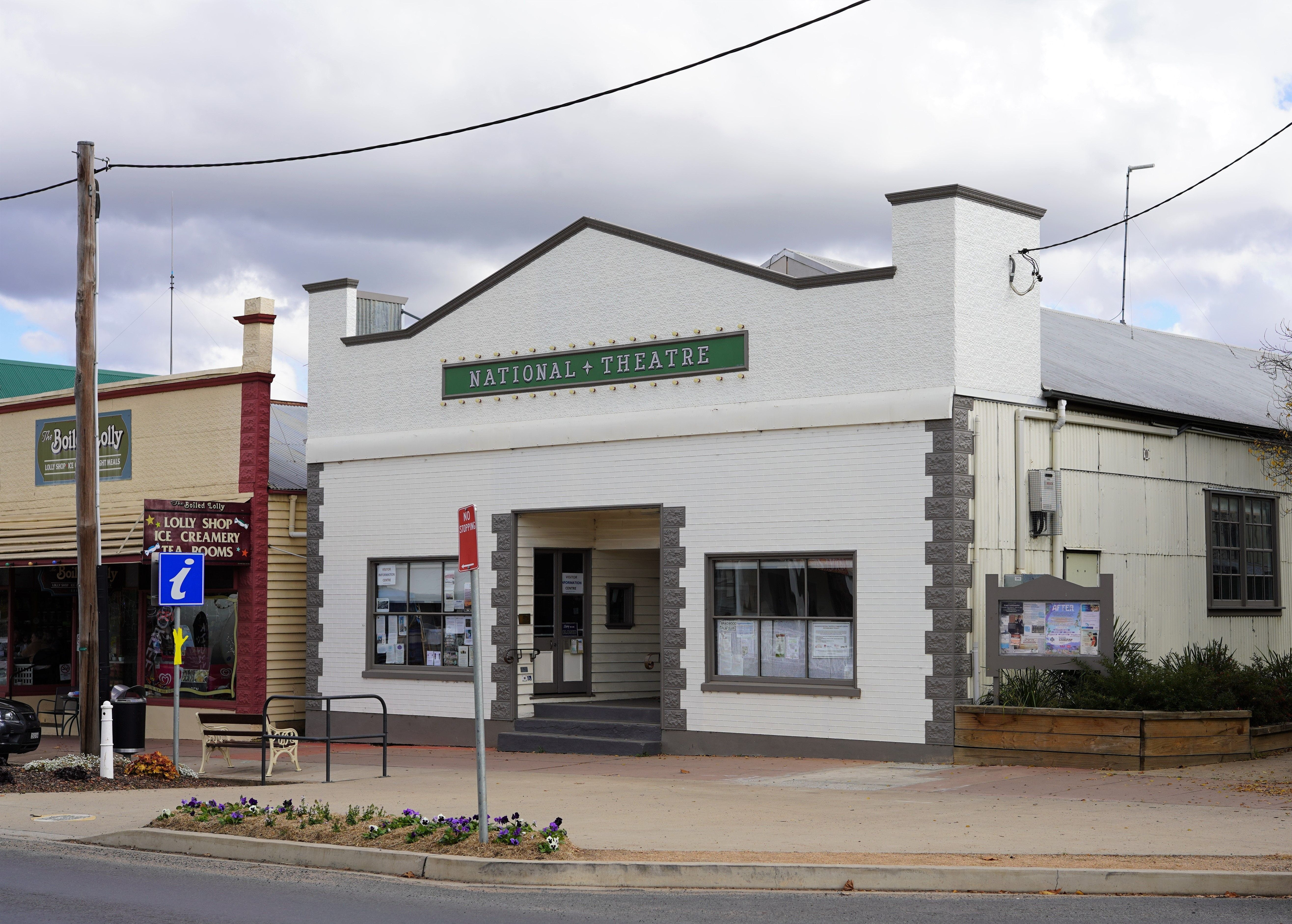 Braidwood Visitors Information Centre at the Theatre - Accommodation Great Ocean Road
