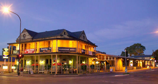Torrens Arms Hotel - Accommodation Great Ocean Road