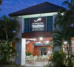 Runaway Bay Tavern - Accommodation Great Ocean Road