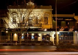 Crown And Sceptre Hotel - Accommodation Great Ocean Road