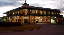 The Grand Terminus Hotel - Accommodation Great Ocean Road
