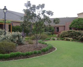 Camden Lakeside Country Club - Accommodation Great Ocean Road