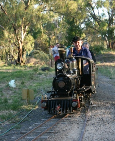 Jerilderie Steam Rail and Heritage Club Inc - Accommodation Great Ocean Road