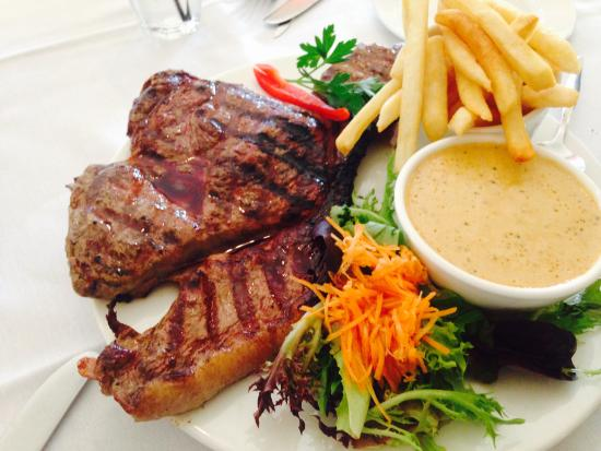 Cardens Seafood  Steak House - Accommodation Great Ocean Road