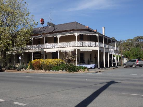 Seven Creeks Hotel - Accommodation Great Ocean Road