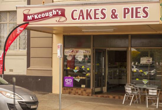 McKeoughs Cake Shop - Accommodation Great Ocean Road
