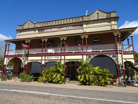 Railway Hotel Pub - Accommodation Great Ocean Road